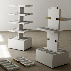 FLOOR ACCESSORIES DISPLAY 059